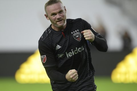 Rooney gives DC United 1-1 tie with New England