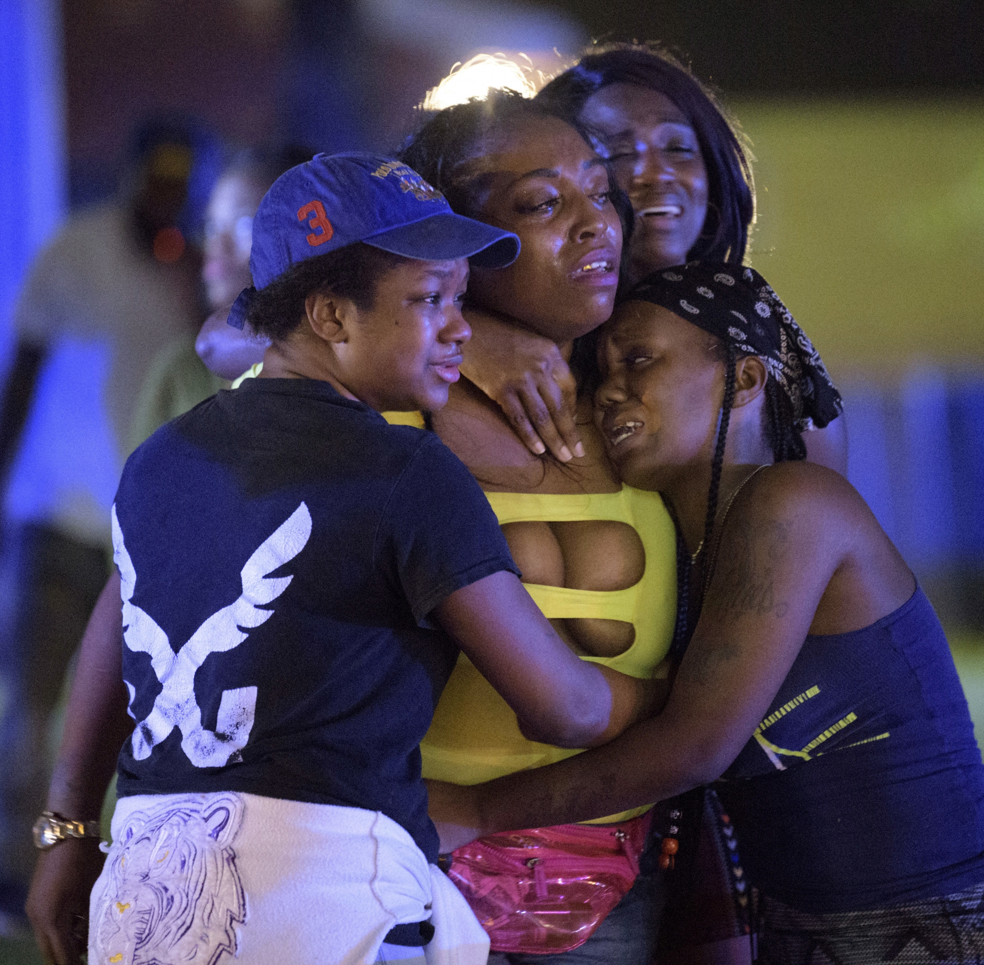 Chicago Shooting Three Killed And Gunman Shot Dead After: 3 Dead, 7 Wounded After Gunmen In New Orleans Fire On