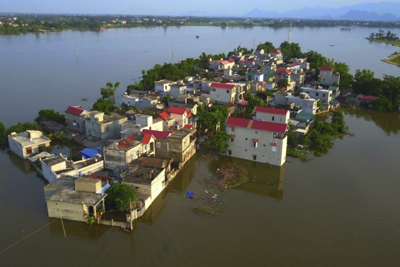 At least 19 dead following flash floods in Vietnam