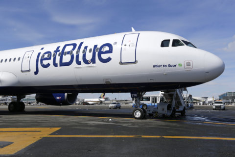 JetBlue adding more flights between Reagan National and Boston