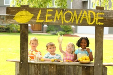 DC Council moves to lift lemonade stand restrictions