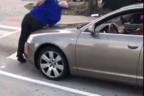 VIDEO: Woman smashes Greyhound bus window, rams driver in DC