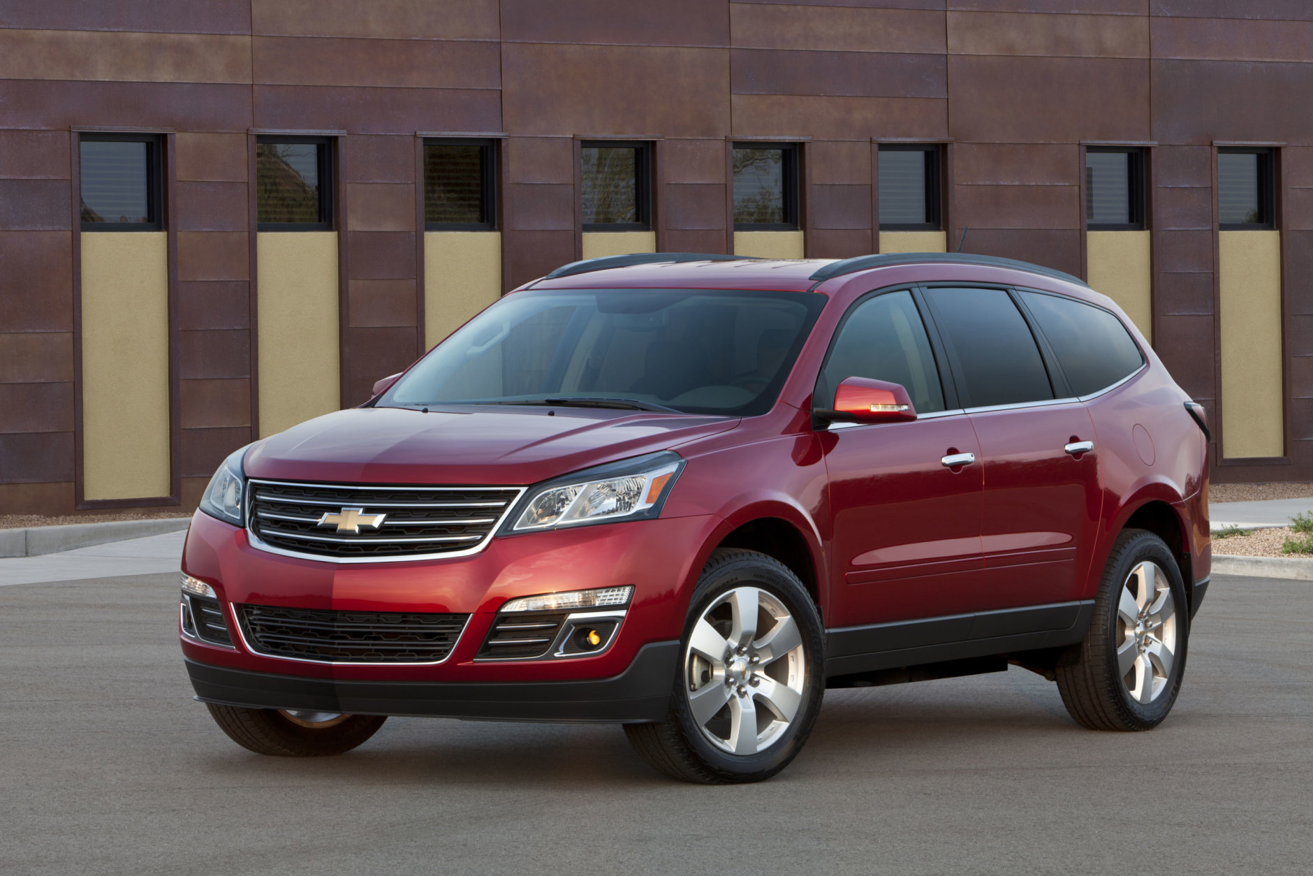 Best Used SUV/Crossover for Teens:  The 2015 Chevrolet Traverse  (Courtesy General Motors)
