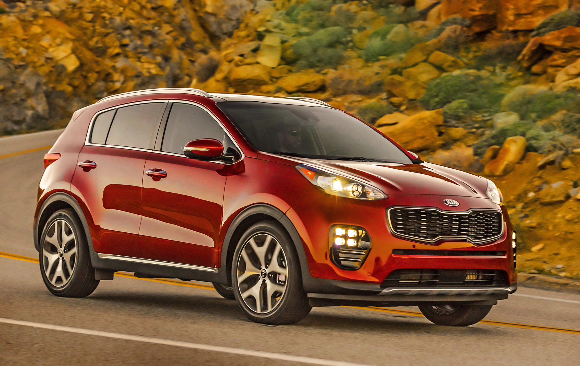Best New SUV/Crossover for Teens $25,000 to $30,000:  The 2019 Kia Sportage  (Courtesy Kia Motors America)