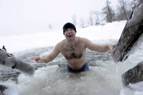 Cold swim, forest therapy: Embracing 'Finnish way' for health, happiness