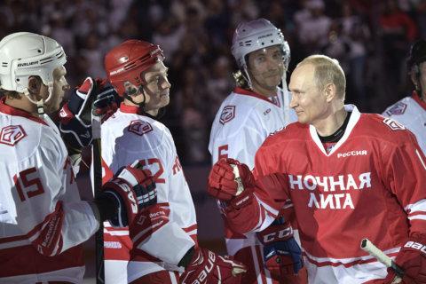 Russian billionaire promises world's biggest hockey arena