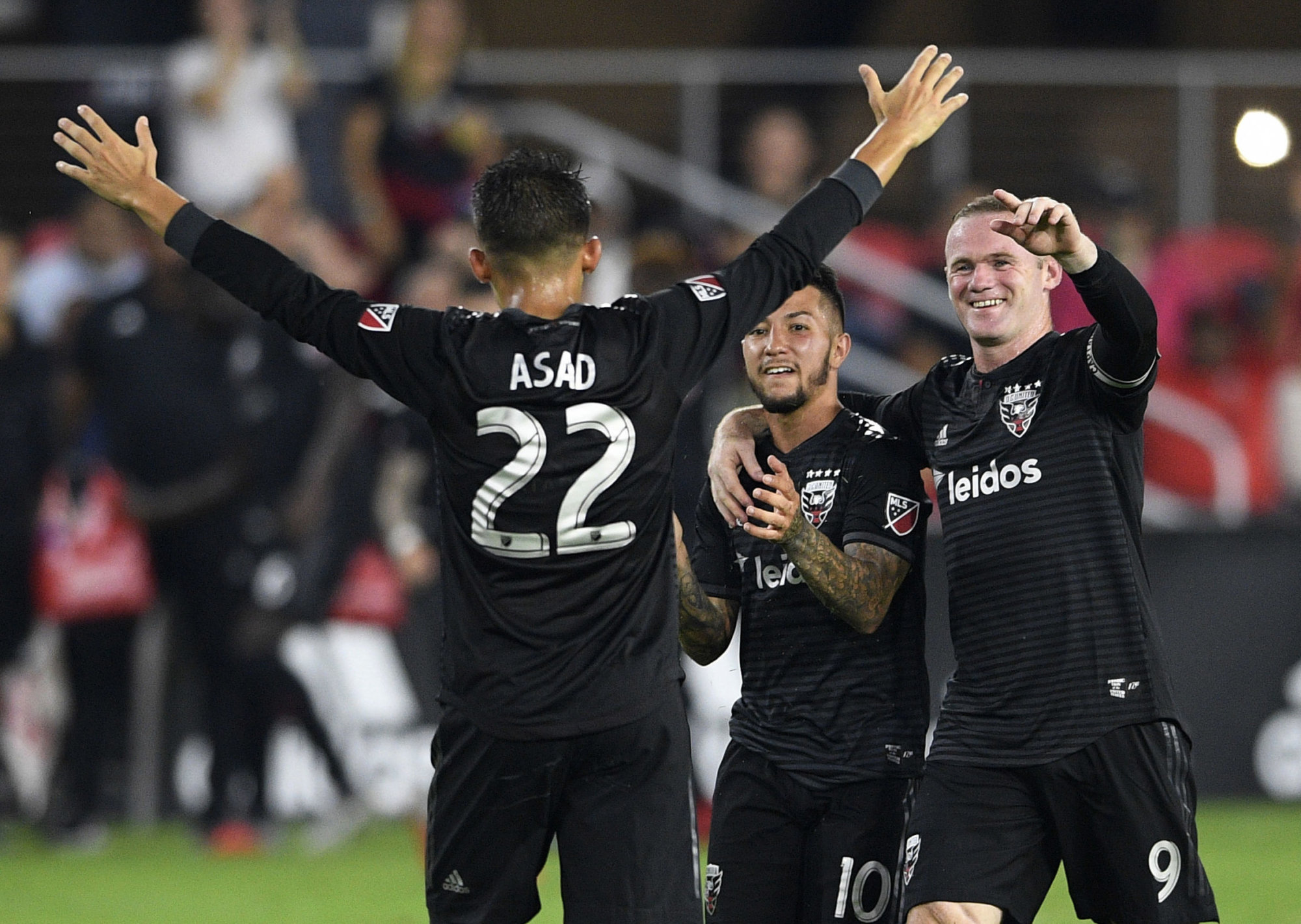 Rooney s 2 goals raise total to 9 as DC United tops Fire 2-1  cb8bf80a9
