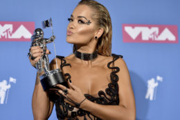 "Rita Ora poses with the award for best dance video for Avicii's ""Lonely Together"" in the press room at the MTV Video Music Awards at Radio City Music Hall on Monday, Aug. 20, 2018, in New York. (Photo by Evan Agostini/Invision/AP)"