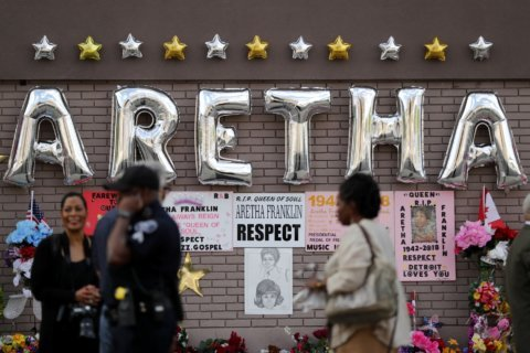 PHOTOS: Aretha Franklin memorials and tributes