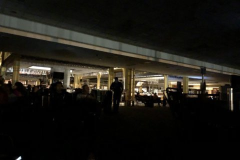 Power restored at Reagan National after 'airport wide' outage