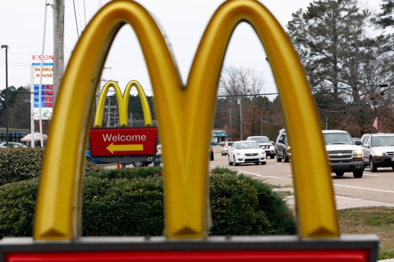 Furious woman tries to strangle McDonald's worker in row over ketchup