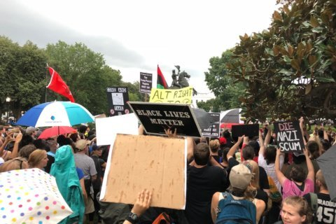 Police kept white nationalists, counterprotesters separated