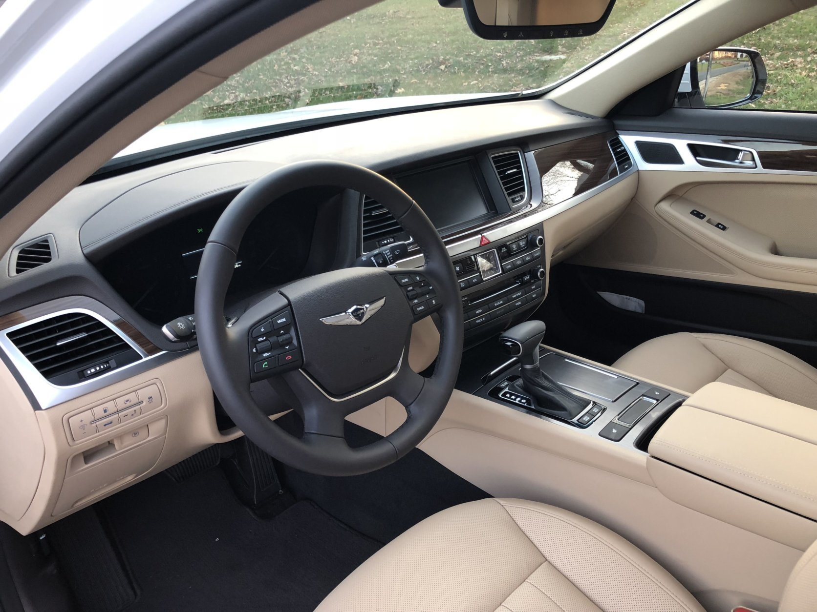 The Genesis G80 has a leather-wrapped shift knob and steering wheel. There's even a power adjustment for the tilt and telescoping. (WTOP/Mike Parris)