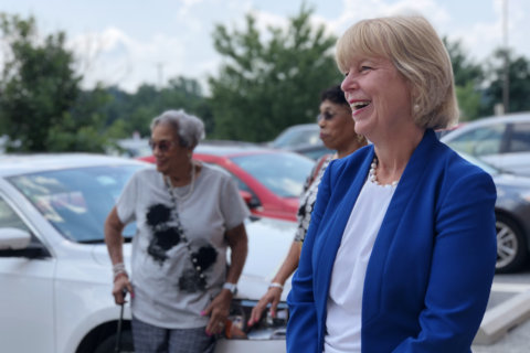 With signatures, Floreen set to make county executive race a 3-way contest