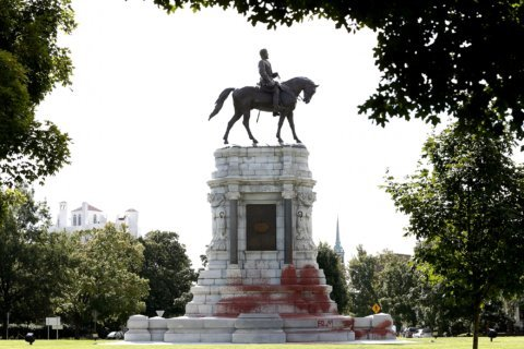 Robert E. Lee statue vandalized on Richmond's Monument Ave. (Photos)