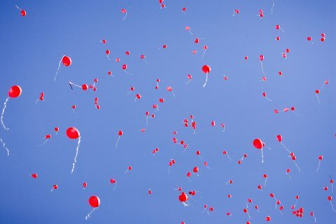 Maryland county bans release of harmful helium balloons