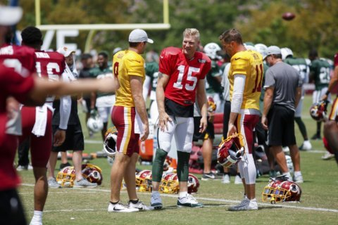 Redskins and Jets brawl in joint practice