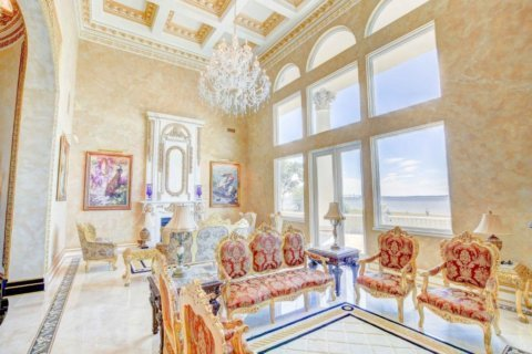 Open house features $4.3 million waterfront Chesapeake Bay estate