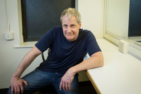 Q&A: Jeff Daniels sings at Birchmere, reflects on most iconic screen roles