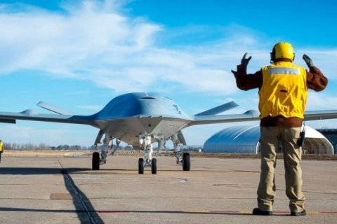 Boeing wins $805 million contract for Navy's new drone tanker