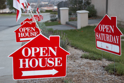 Small sign sellers are returning to DC-area housing market