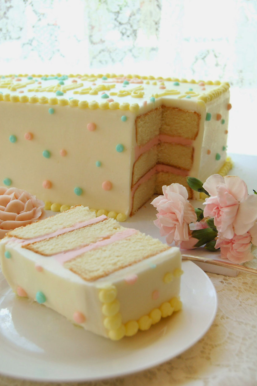 Cakes are also on the menu. (Courtesy Magnolia Bakery)