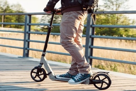 Indiana burglar robs man in his home, uses Bird scooter to get away