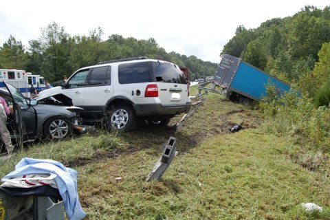 Chain-reaction crashes close I-95 in Stafford Co. for hours