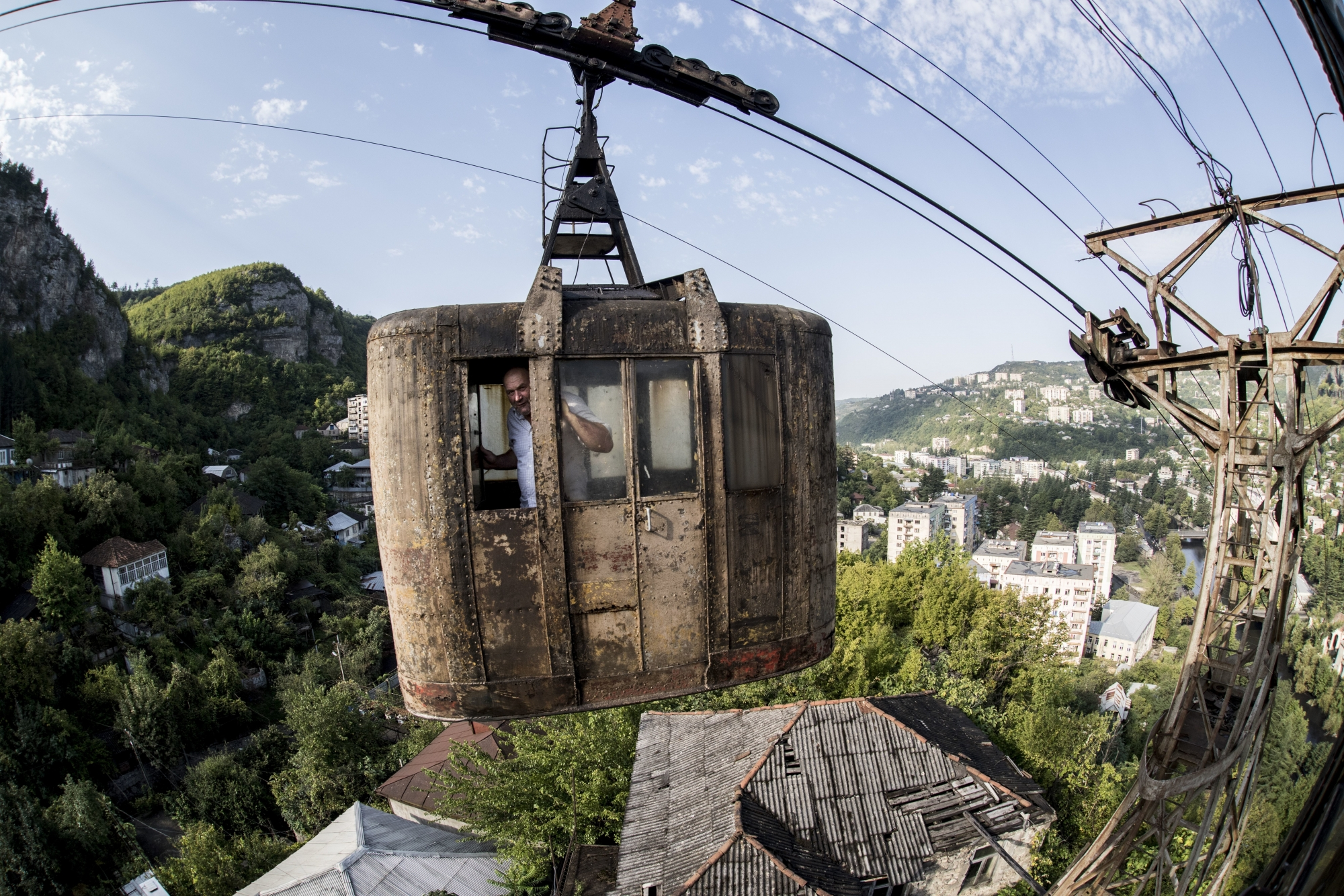 Georgia. Chiatura - the city of cable cars 97