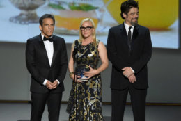 LOS ANGELES, CA - SEPTEMBER 17:  (L-R) Ben Stiller, Patricia Arquette, and Benicio del Toro speak onstage during the 70th Emmy Awards at Microsoft Theater on September 17, 2018 in Los Angeles, California.  (Photo by Kevin Winter/Getty Images)