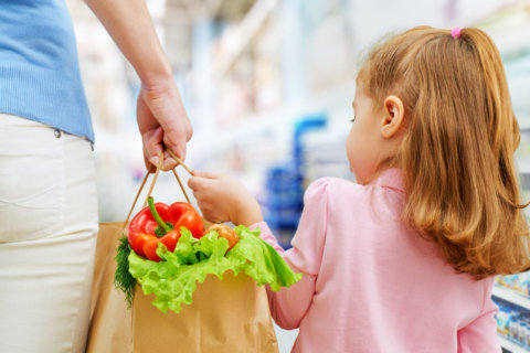6 grocery store games you can play with your kids