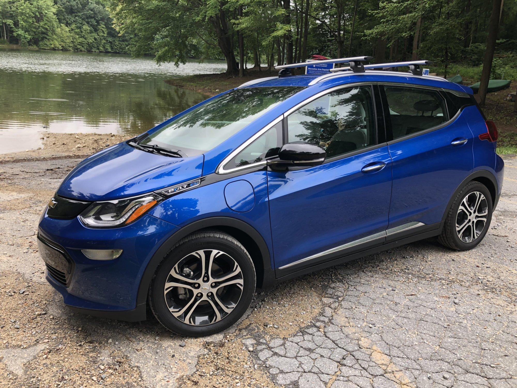 Car Review Chevrolet Bolt Ev Quells Concerns About Electric Cars Driving Range