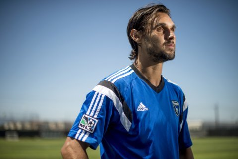 Wondolowski breaks Landon Donovan's MLS goals record