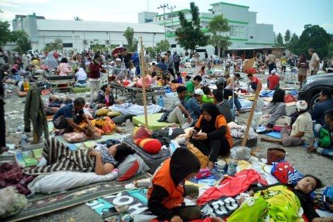 Indonesia earthquake and tsunami death toll surpasses 830