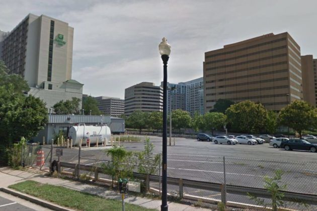 The rideshare staging lot for DCA that's earned complaints around Crystal City. (Courtesy ARLNow)