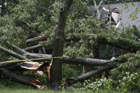 Florence sparks deadly tornadoes near Richmond