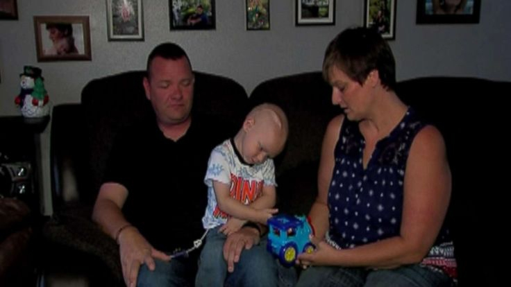 For 2-year-old cancer patient, neighbors celebrate Christmas in September