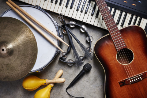 Virginia moves to license music therapy