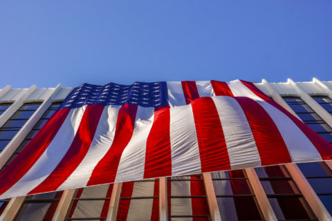 Record year for Flags Across Rosslyn marks 17th anniversary of 9/11