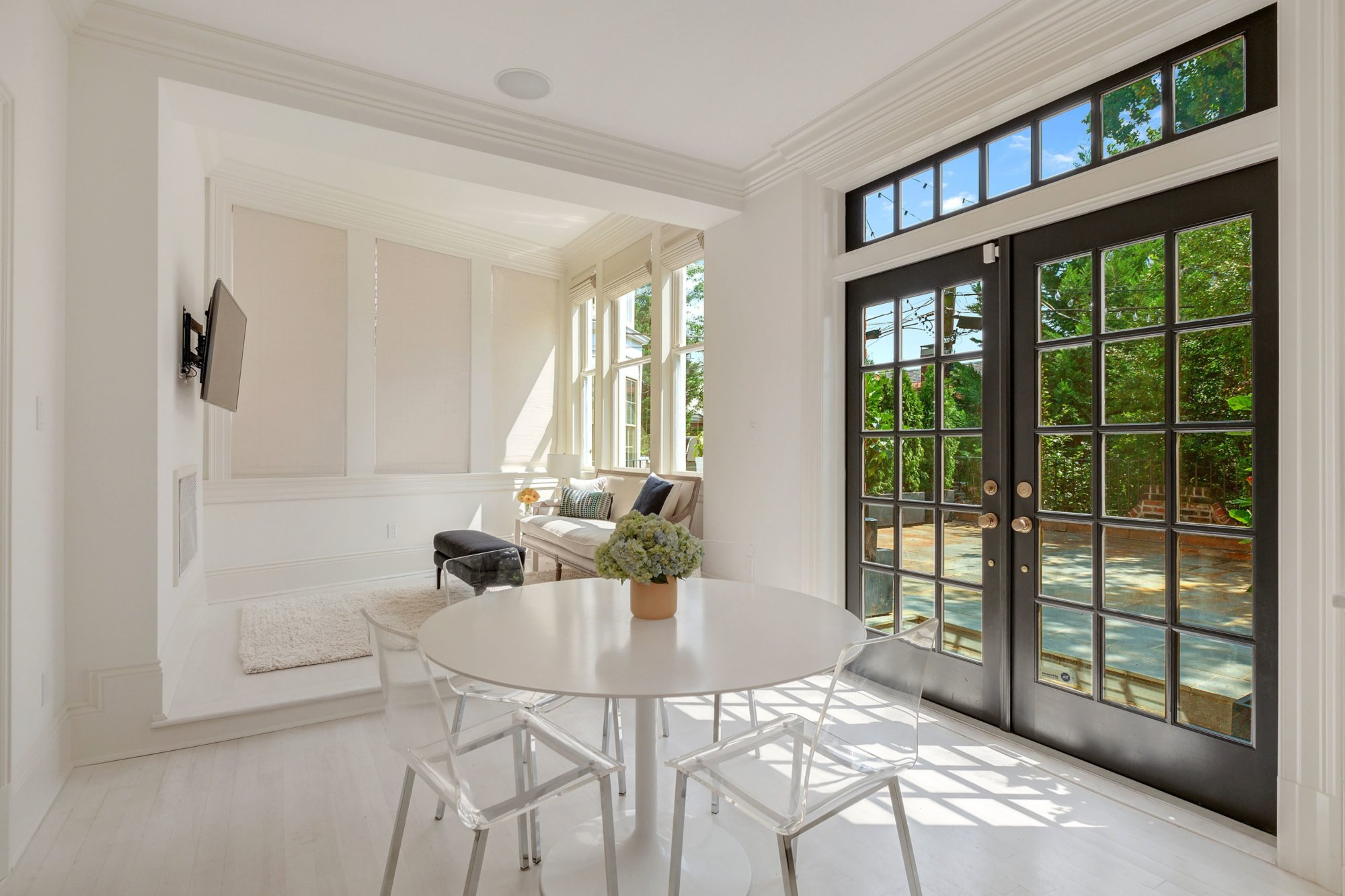 The large windows allow for an abundance of natural light. (Courtesy of Home Visit)