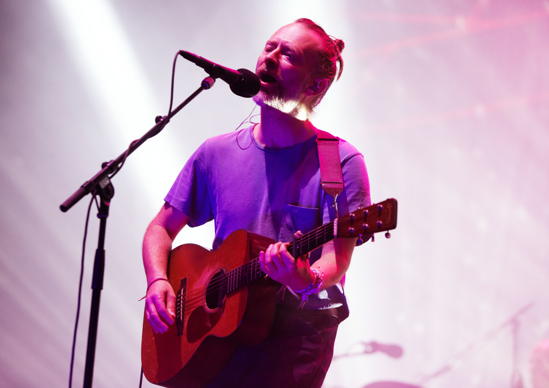 """Thom Yorke of the band Radiohead performs in concert during their """"A Moon Shaped Pool Tour"""" at The Wells Fargo Center on Tuesday, July 31, 2018, in Philadelphia. (Photo by Owen Sweeney/Invision/AP)"""