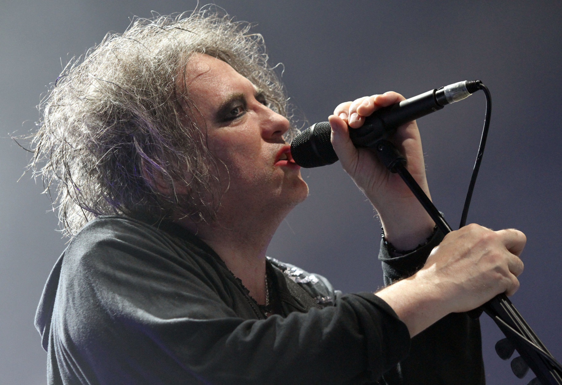 Robert Smith with The Cure performs at Lakewood Amphitheatre on Friday, June 24, 2016, in Atlanta. (Photo by Robb Cohen/Invision/AP)