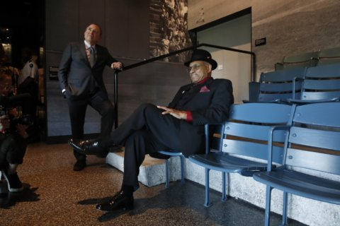 Tour of African American museum stirs up memories for O'Ree