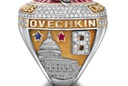 The left side of the ring features the player's name set above the Capitol building. (Courtesy Washington Capitals / Jostens)