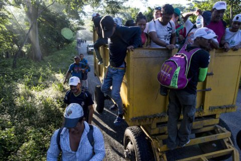 US: 'Everything on table' to block migrants at border