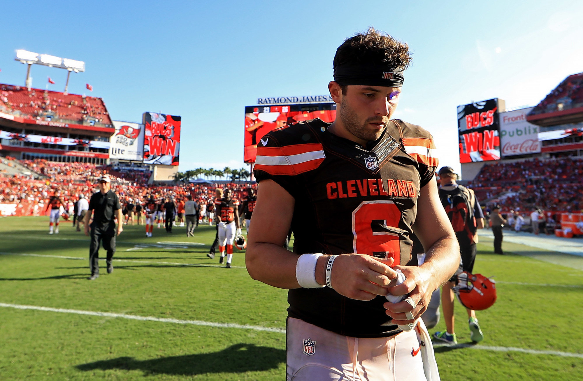 TAMPA, FL - OCTOBER 21:  Baker Mayfield #6 of the Cleveland Browns walks off the field during a game against the Tampa Bay Buccaneers at Raymond James Stadium on October 21, 2018 in Tampa, Florida.  (Photo by Mike Ehrmann/Getty Images)