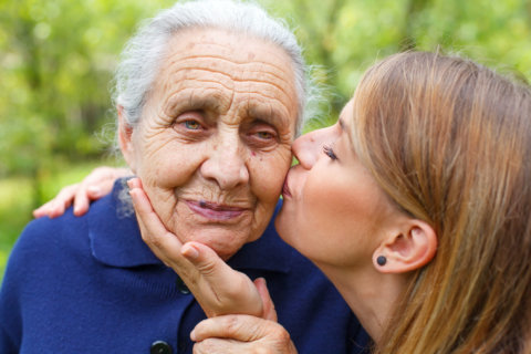 Talking to an aging parent about assisted living