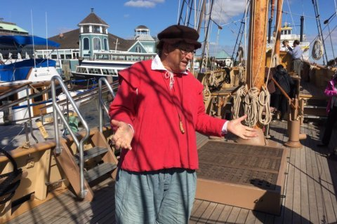 Alexandria hosts replica of a ship that brought first settlers to Va.