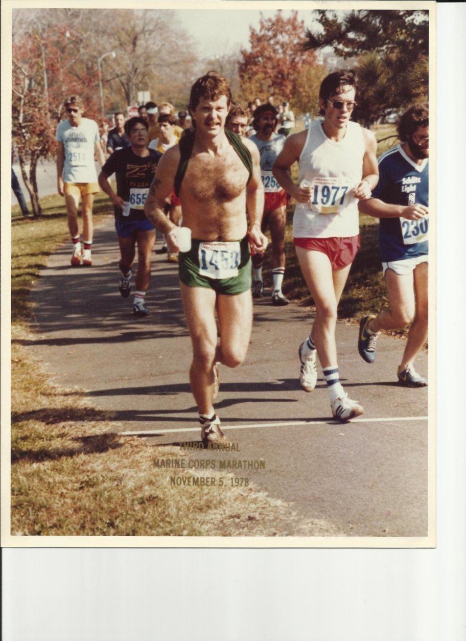 Steve Bozeman runs in the 1978 Marine Corps Marathon. (Courtesy Steve Bozeman)