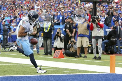 Vrabel sees close loss as chance for Titans to bond